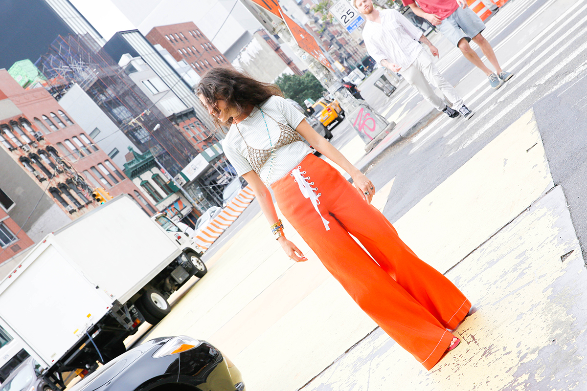 Dressing-for-Weekend-Leandra-Medine-Man-Repeller-20
