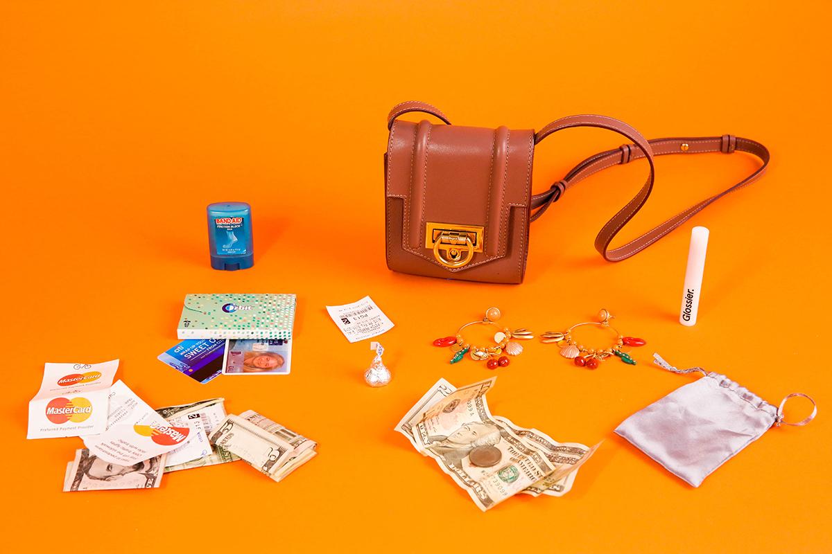 Money-Diaries-Harling-Ross-Man-Repeller-8