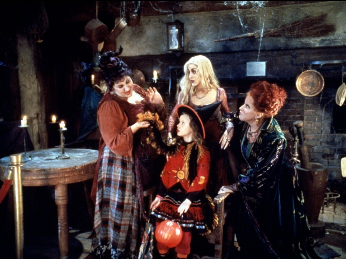 hocus-pocus-rules-of-style-man-repeller-6