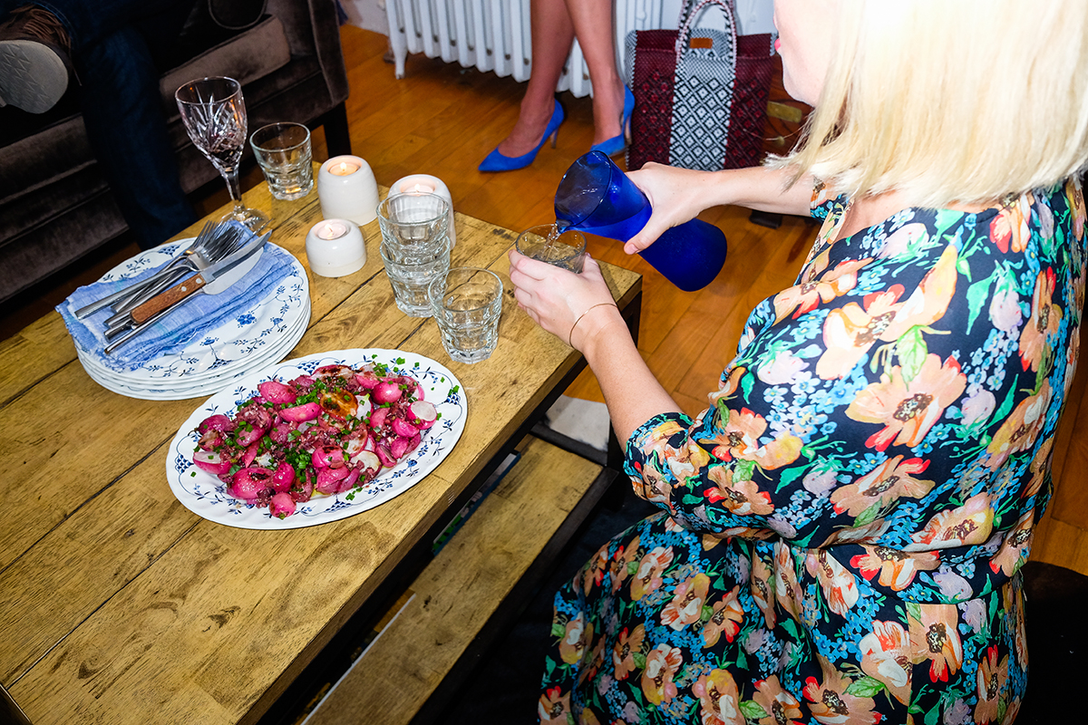 how-to-host-dinner-party-man-repeller-8
