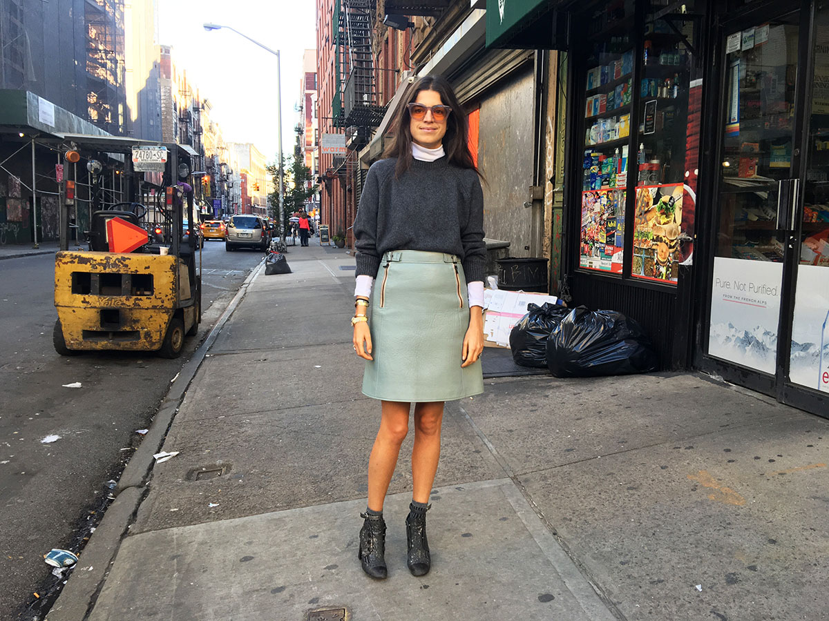 leandra-medine-fall-outfit-getting-dressed-man-repeller