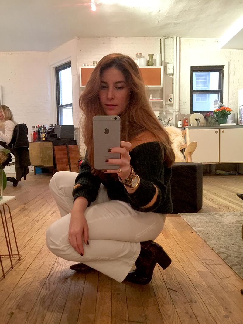 Mirror Selfie How To Amelia Man Repeller_6882