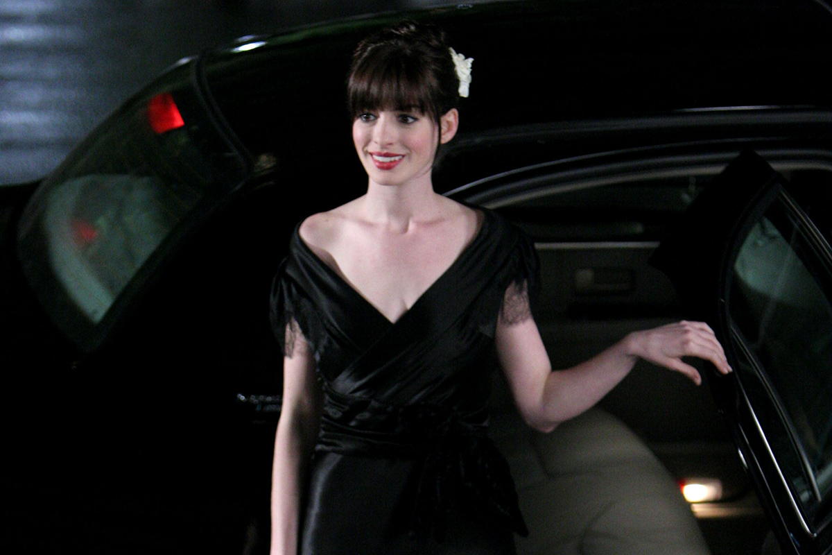 Anne Hathaway during Anne Hathaway on Location for The Devil Wears Prada - October 26, 2005 at The Museum of Natural History in New York City, New York, United States. (Photo by James Devaney/WireImage)