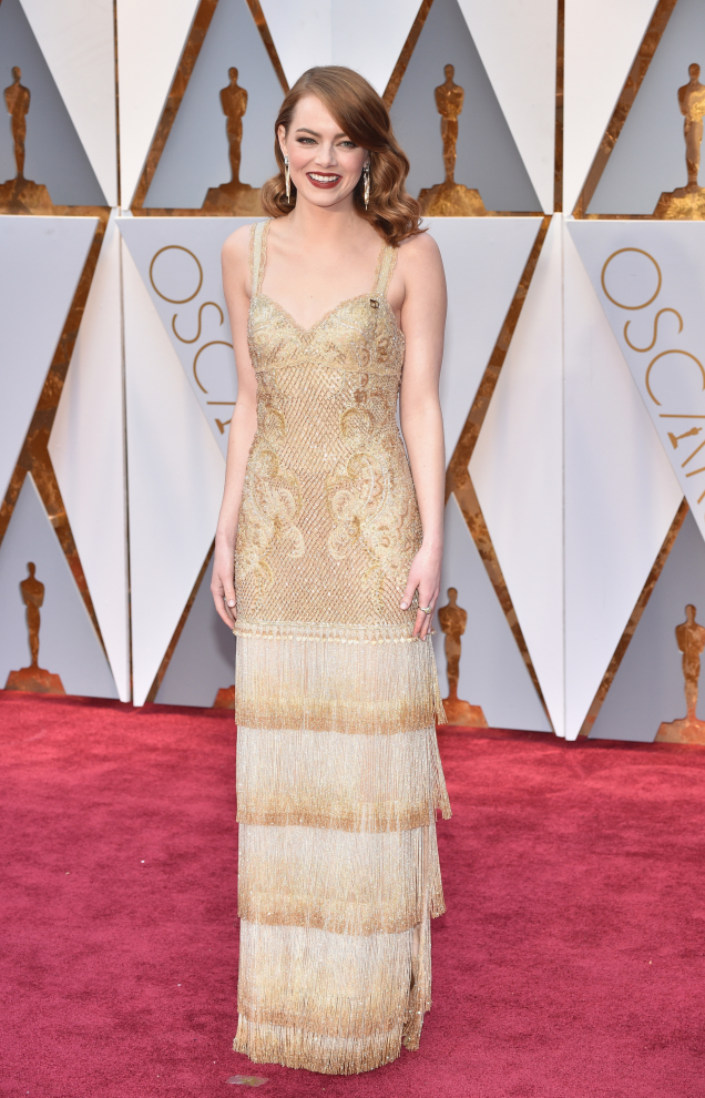 Emma Stone in Givenchy (by Kevin Mazur/Getty Images)
