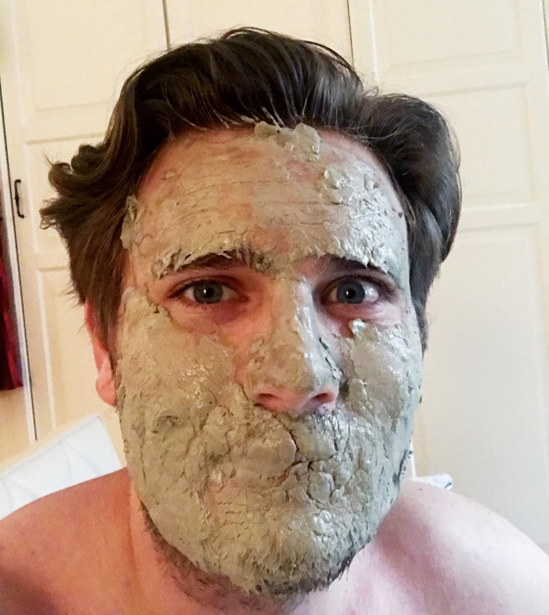 Face-Mask-Black-Head-Pore-Sheet-Clay-Bubble-Exfoliating-Facial-Man-Repeller-2