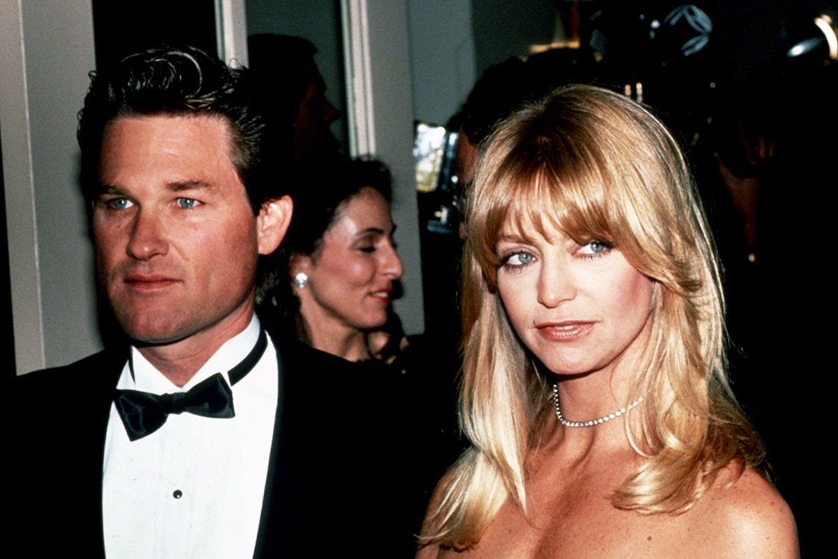 NEW YORK, NY - CIRCA 1990: Kurt Russell and Goldie Hawn circa 1990 in New York City. (Photo by Sonia Moskowitz/IMAGES/Getty Images)