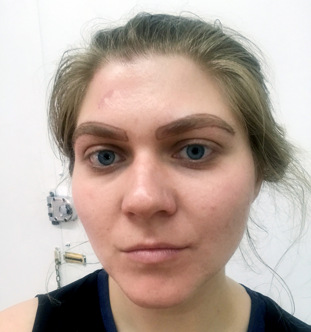 Microblading-Microbladed-Eyebrows-Face-Beauty-Trend-Cosmetic-Man-Repeller-eyebrow box